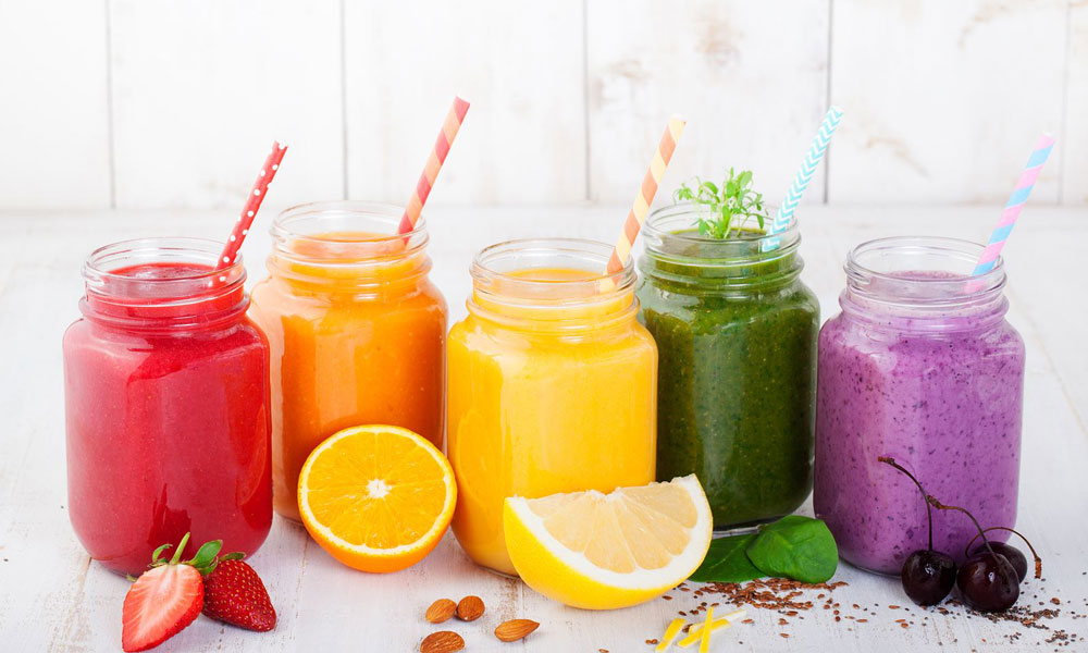 Smoothies juices beverages