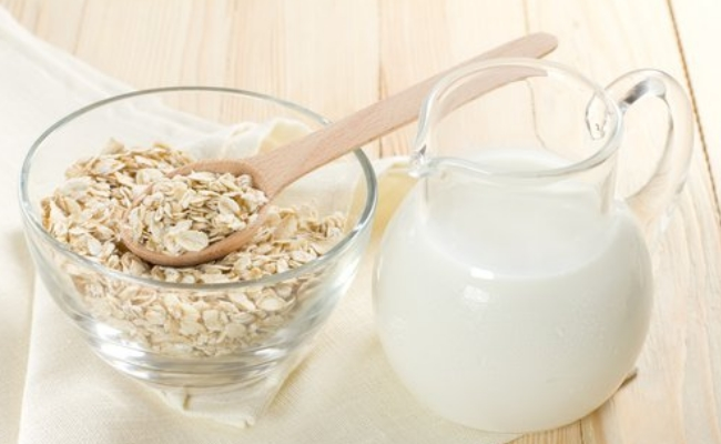 Oatmeal and Buttermilk Face Mask